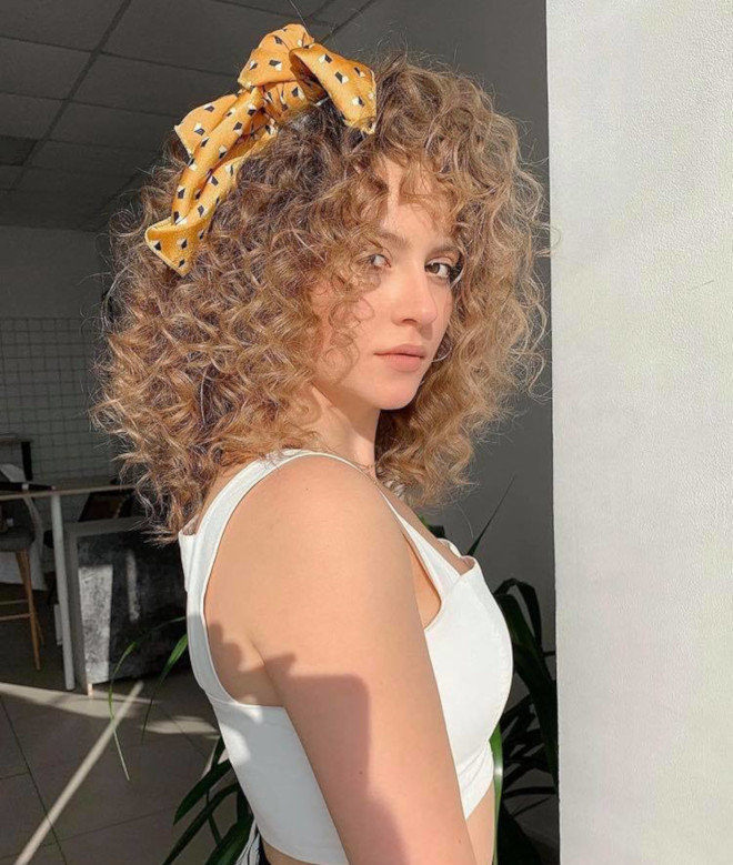 sexy hairstyles for curly hair for summer 2