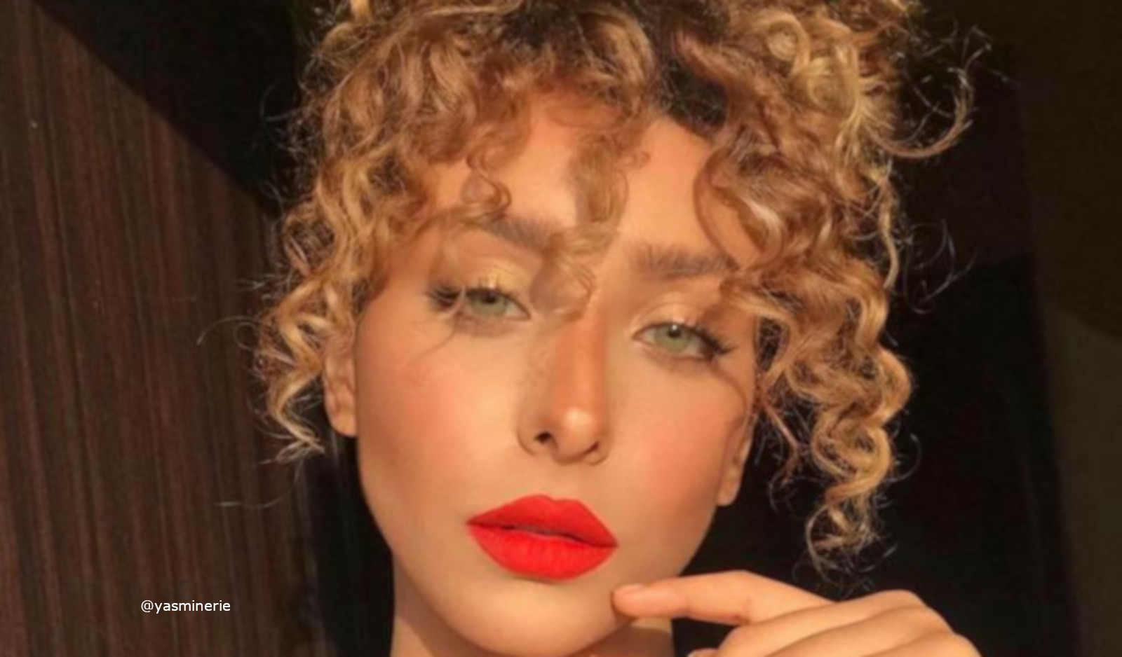 Easy Curly Hairstyles You Could Do In Minutes
