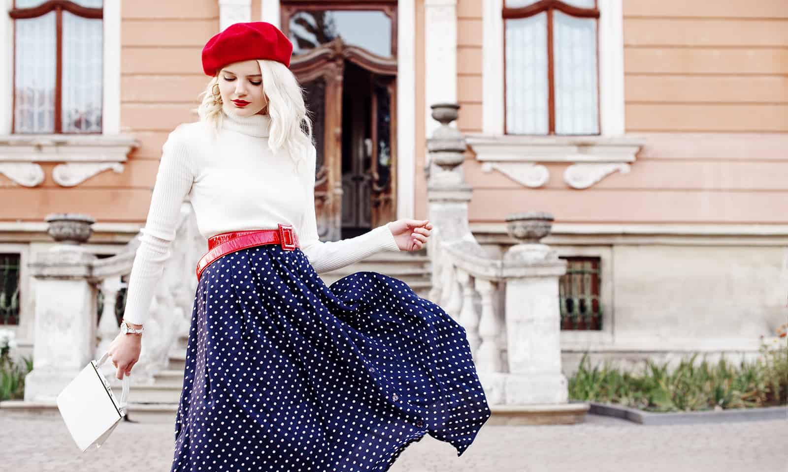french-womens-makeup-commandments-main-image-beautiful-girl-in-a-beret-and-fashionable-outfit