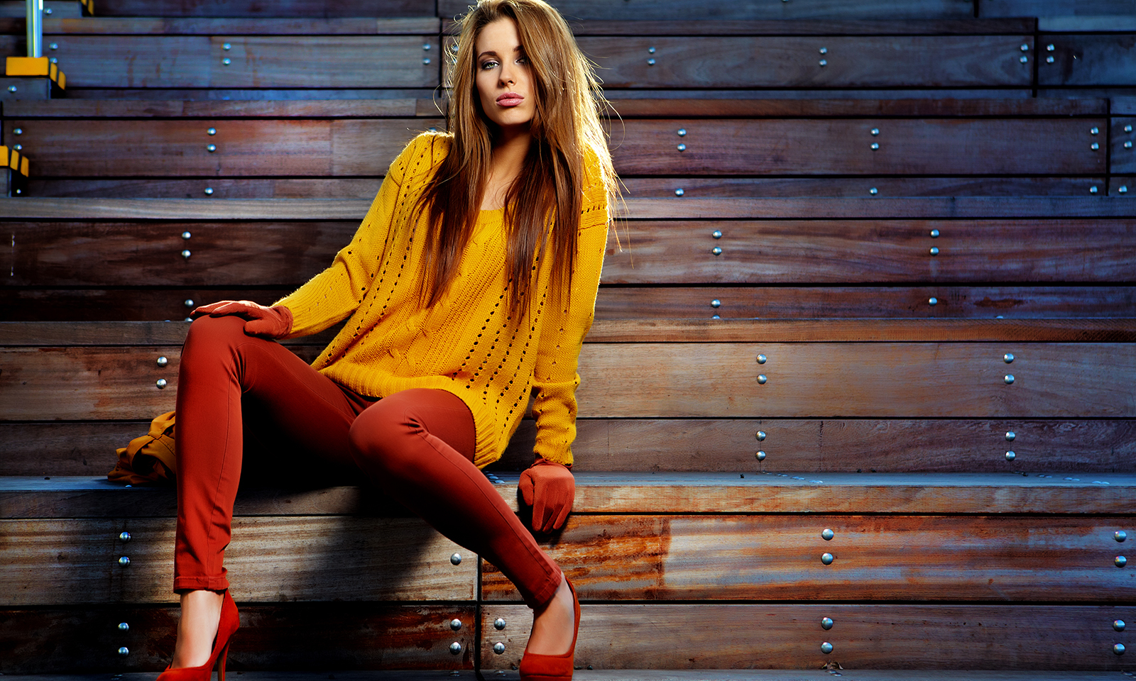 how-to-wear-colorful-pants-girl-in-colorful-pants-and-sweater-main-image