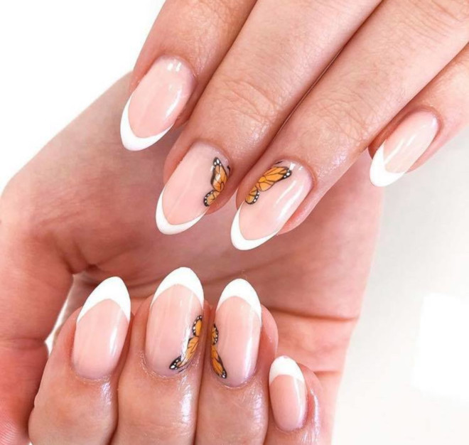 modern french manicure nails to try this summer 3