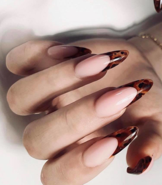 modern french manicure nails to try this summer