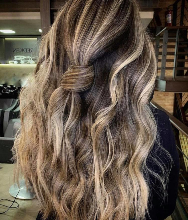 smoky gold hair colors for summer 9