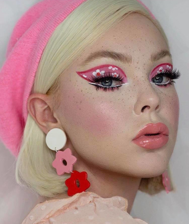 60s makeup is trending on instagram – here is how to wear it the modern way 6