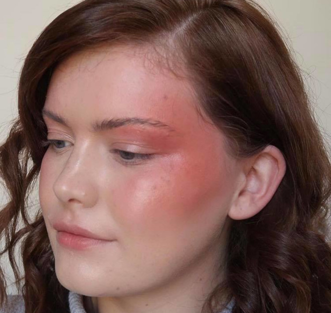 accented blush trend 8