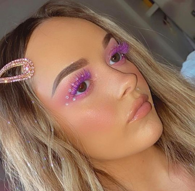 colored lashes makeup trend 5