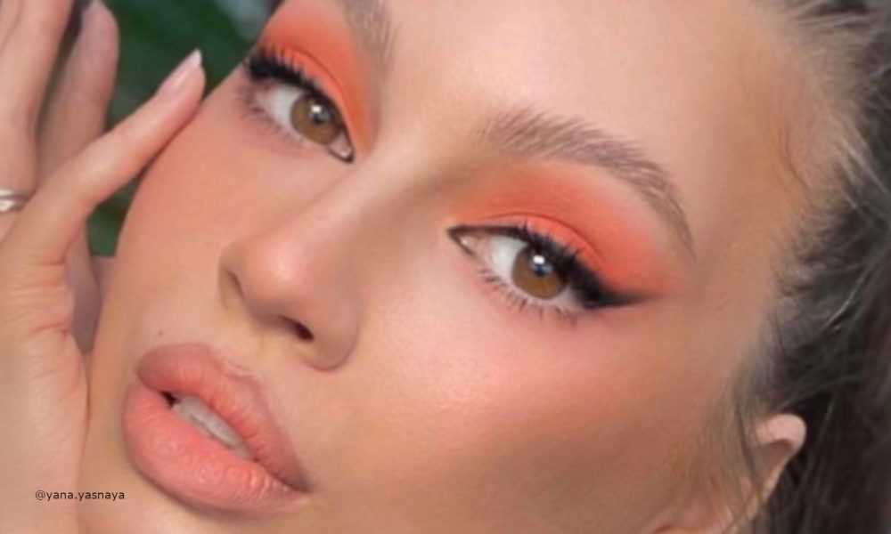 living-coral-makeup-is-here-to-replace-the-natural-glam-1-1-1000×600-1