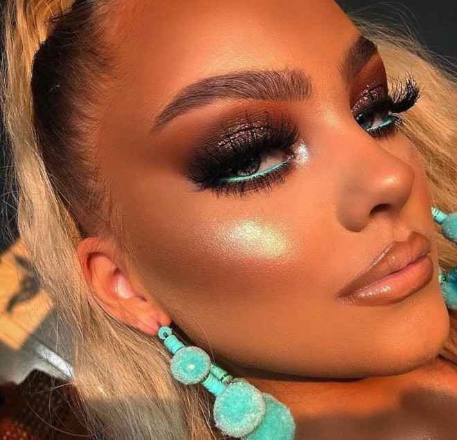 minimally neon makeup trend is the safest way to wear bright hues