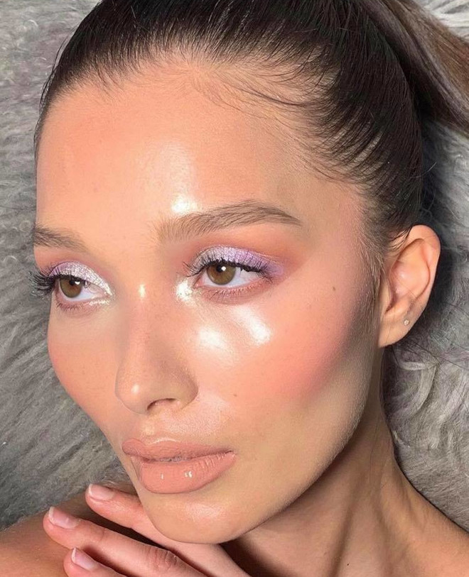 dolphin skin makeup trend 6