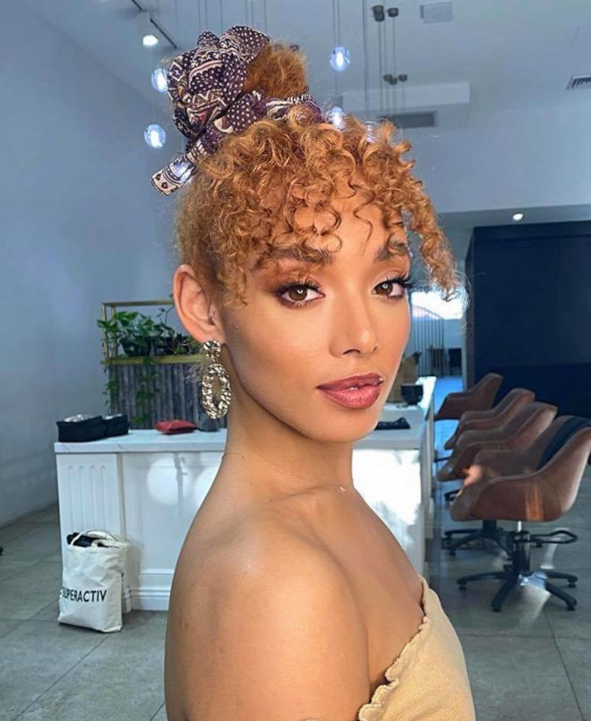 easy fall curly hairstyles to wear on repeat 4