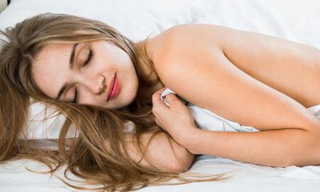 get-best-sleep-at-night-woman-sleeping-naked-in-bed-sleeping-nude