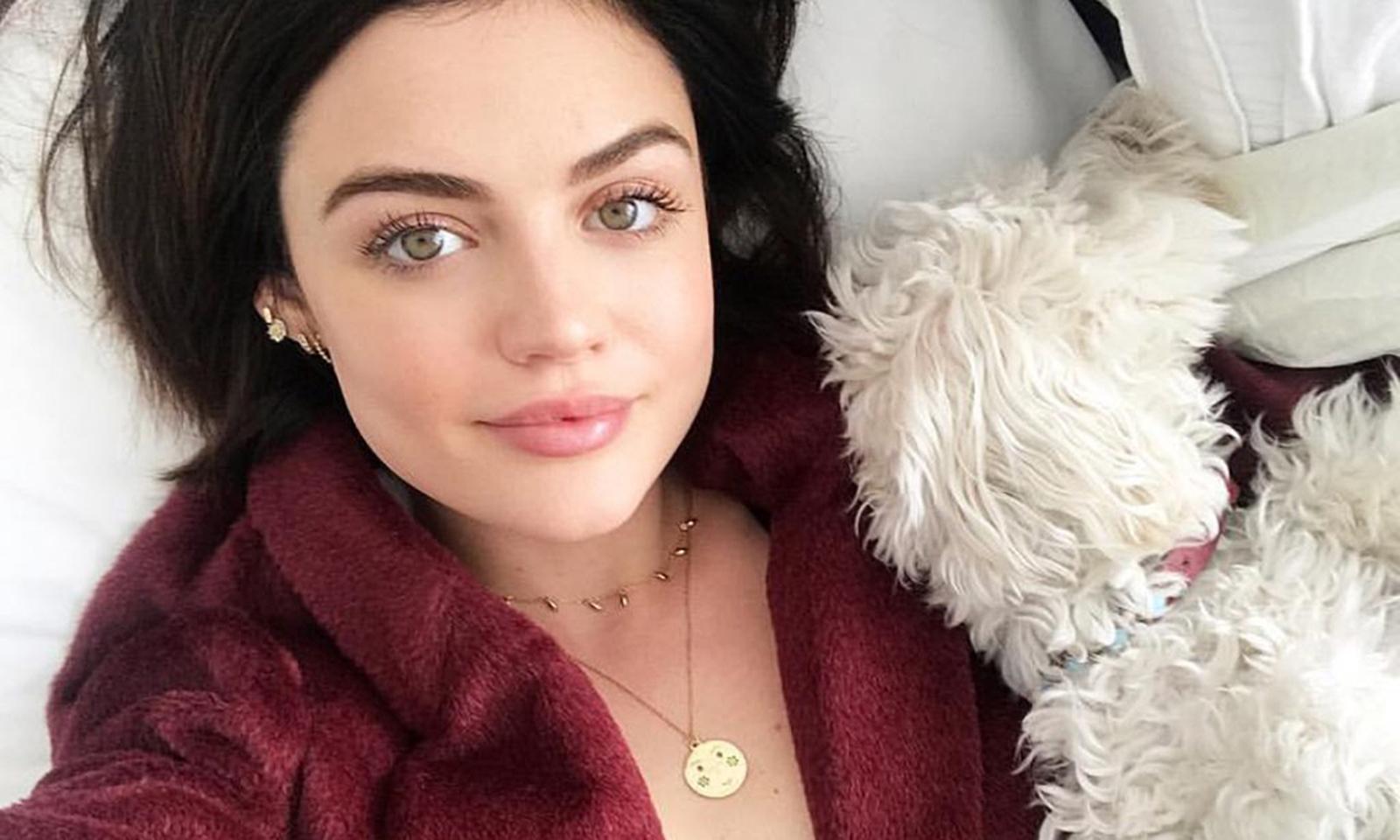 natural-makeup-lucy-hale-instagram-selfie-beauty-main-image
