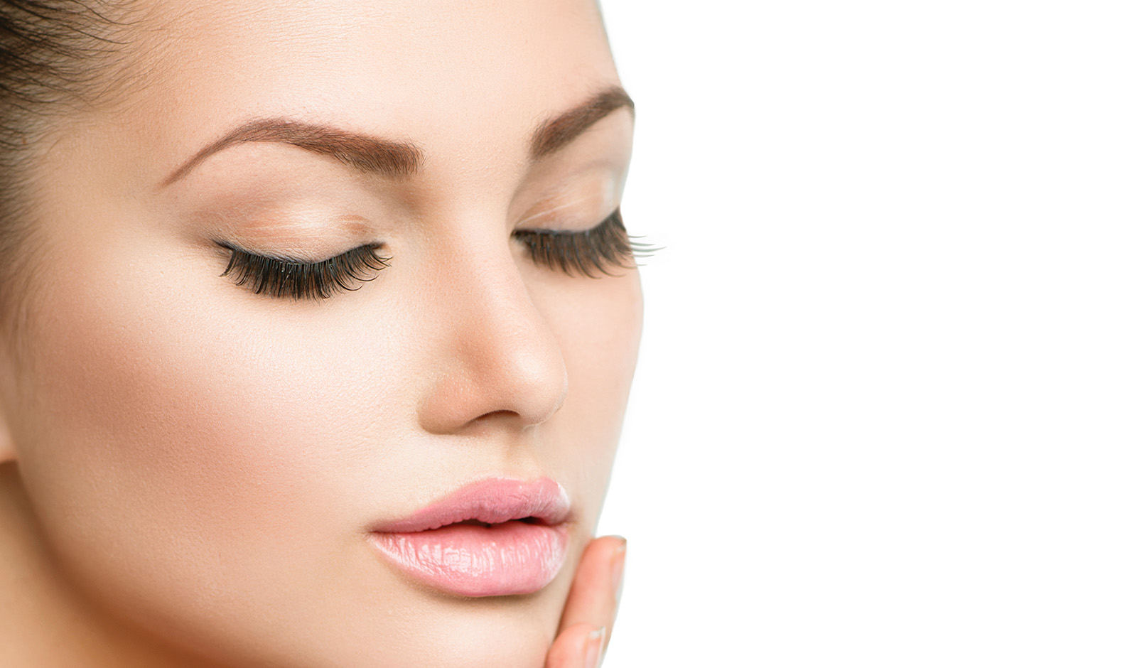 natural-oils-lip-balm-woman-with-natural-lips