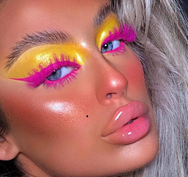 yellow eyeshadow is the hottest end-of-summer makeup trend