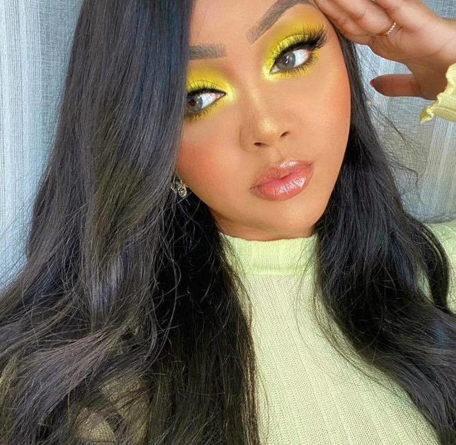 yellow eyeshadow is the hottest end-of-summer makeup trend 9