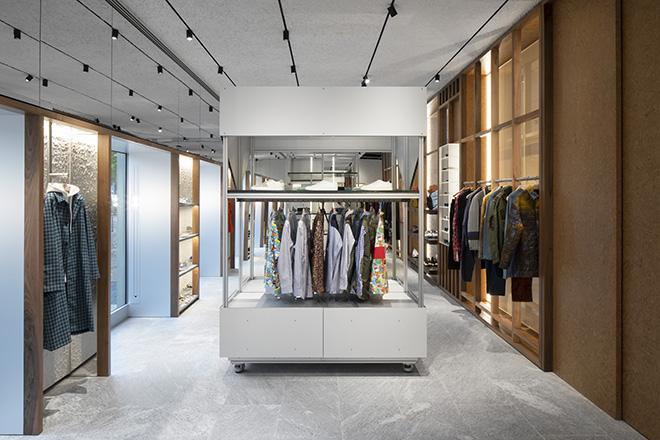 Aldo-Carpinteri-modes-fashion-designer-building-viva-glam
