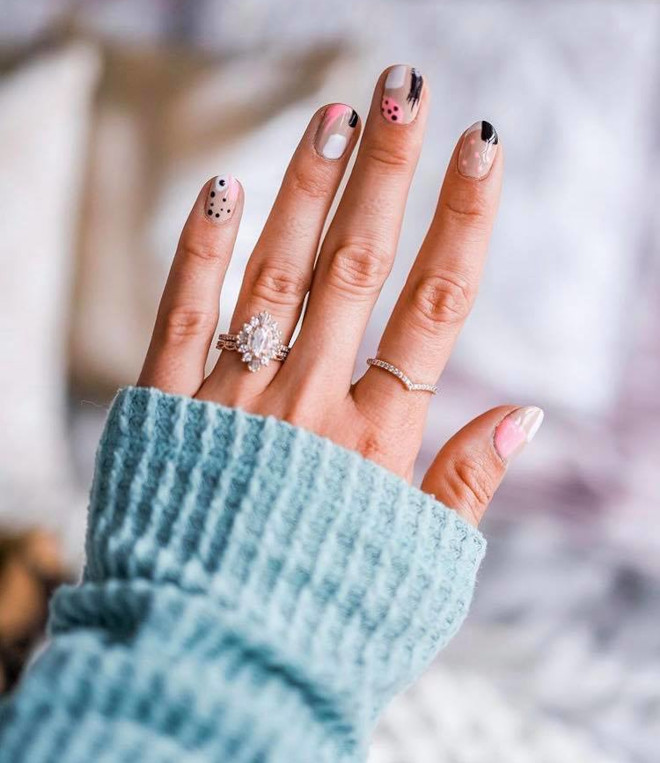 easy fall nail designs to recreate at home 3