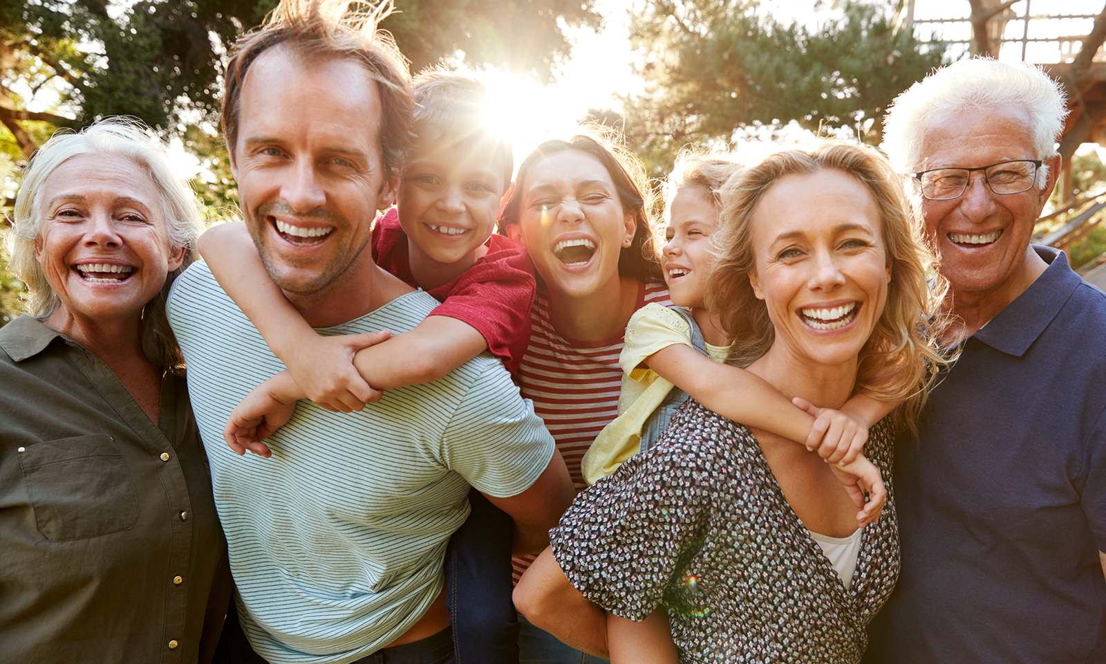 hugging-makes-you-healthier-main-image-happy-family-hugging
