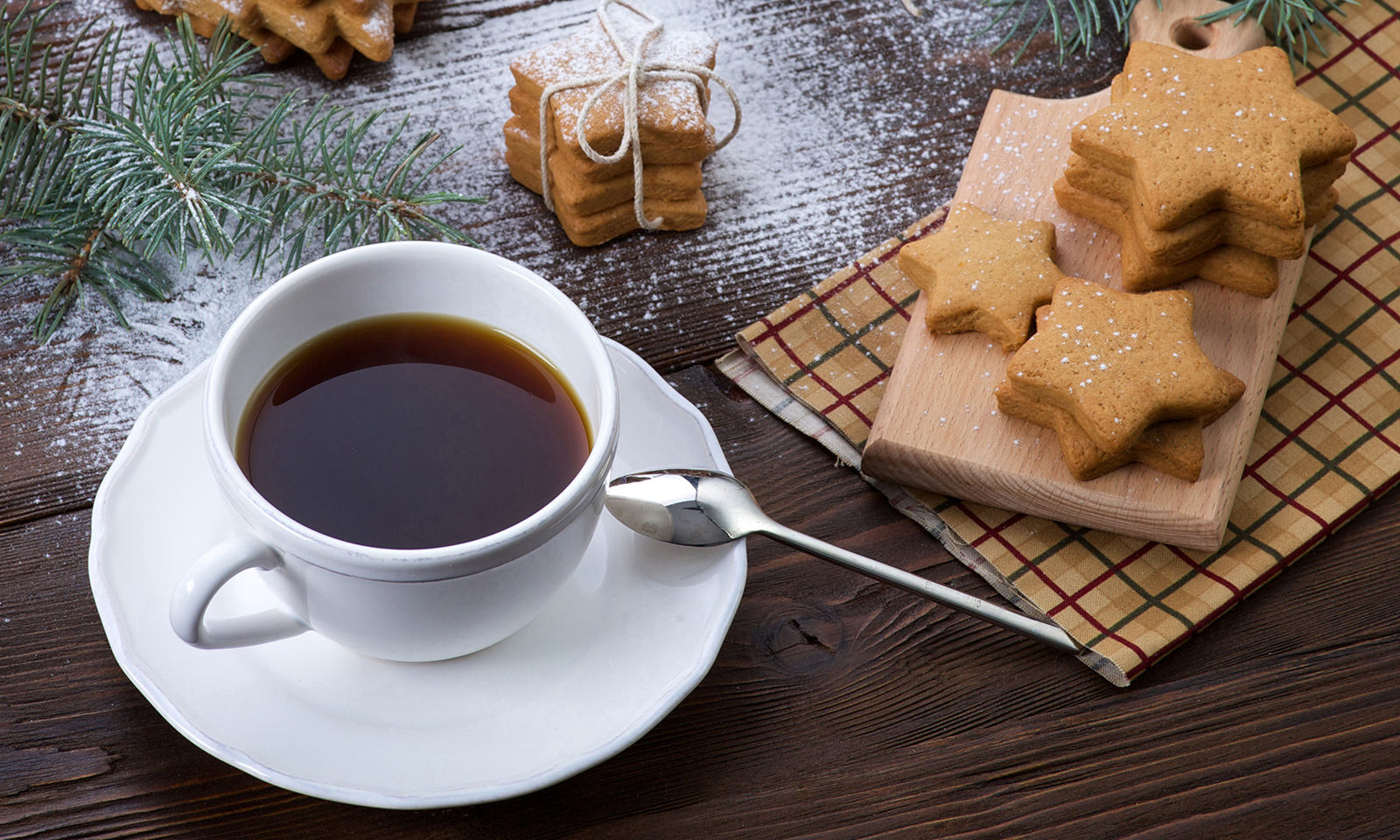 3-best-foods-to-eat-at-bedtime-tasty-tea-and-holiday-treats
