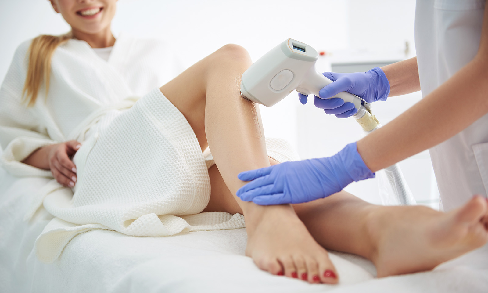 basics-of-laser-hair-removal-main-image-woman-getting-hair-removed-on-legs