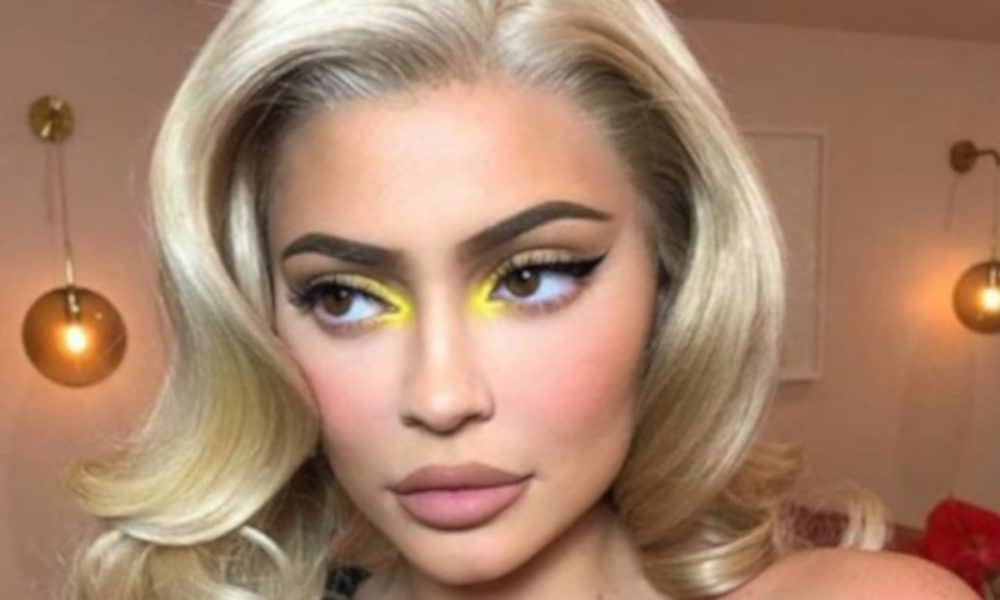 celebrity-fall-makeup-trend-1-1-1000×600-1
