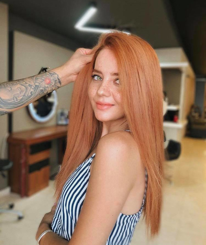 peachy blonde is the perfect light hair color for fall 8
