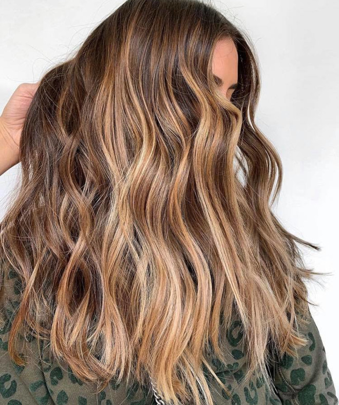 sunkissed brunette is the perfect hair color solution in case of second lockdown 8