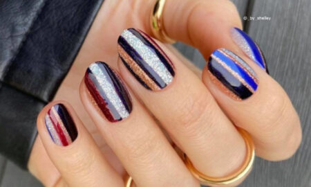 Easy Holiday Nails