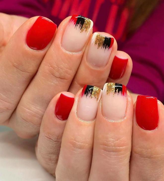easy holiday nails 6