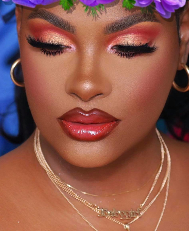 refresh your cold days with these mesmerizing coral makeup looks for winter 9