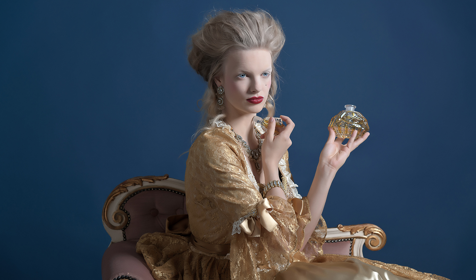 why-is-the-story-of-cinderella-so-important-today-elizabethan-woman-high-fashion