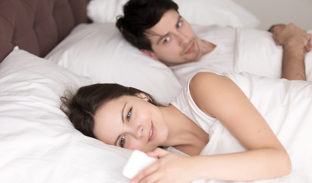 how-to-stop-fighting-with-your-partner-man-watching-woman-text