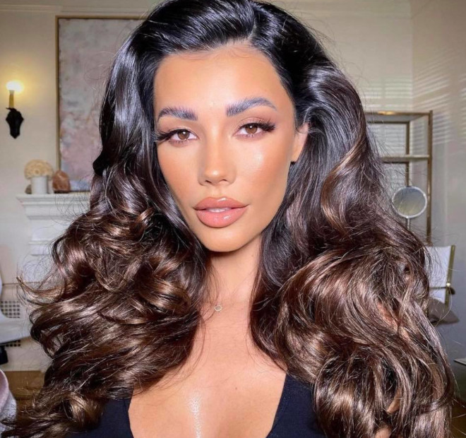 sexy 90s blowout hairstyles to revive your retro diva